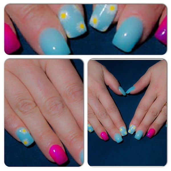 Sky blue nails and white daisies