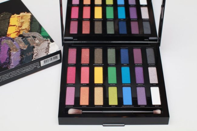Urban-Decay-Full-Spectrum-Eye-shadow-palette-swatches